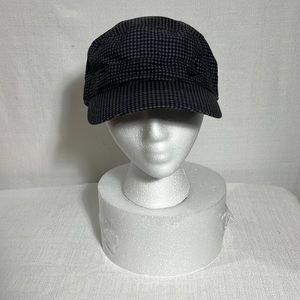 Nike Golf hat, gray and black checkered pattern, good condition